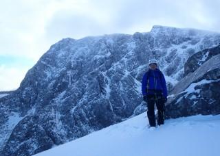Many climbers on the hil